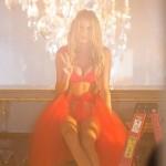 spot_para_ Navidad_de_ Victoria's Secret_todo_ocio_1 (2)